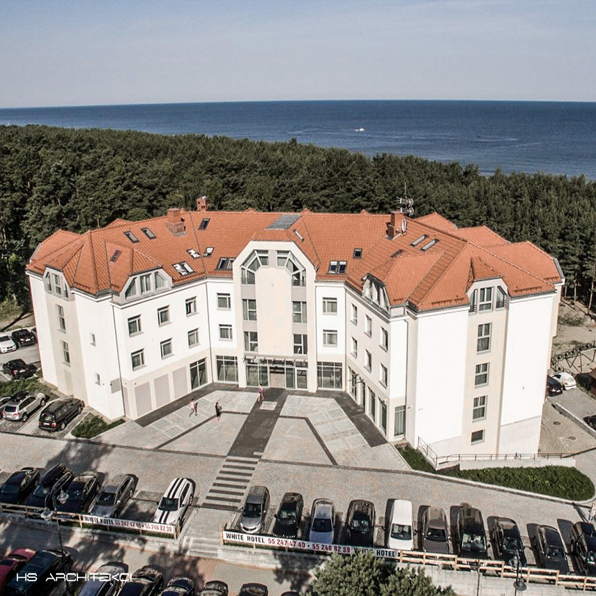 WHITE HOTEL <br />KRYNICA MORSKA <br />UL. KORCZAKA-4